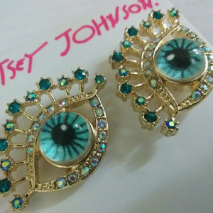 $38 Betsey Johnson Eye Earrings